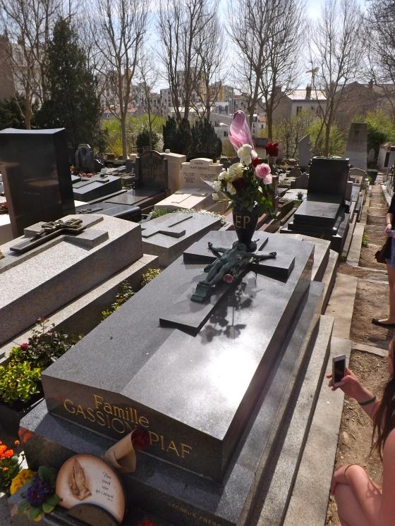 Edith Piaf tomb