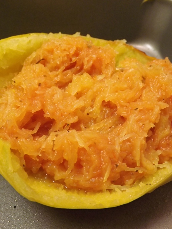 Spaghetti Squash with Tomato Sauce | Netflix and Nutella